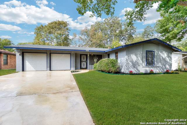 309 E Wright Blvd, Universal City, TX 78148 (#1422298) :: The Perry Henderson Group at Berkshire Hathaway Texas Realty