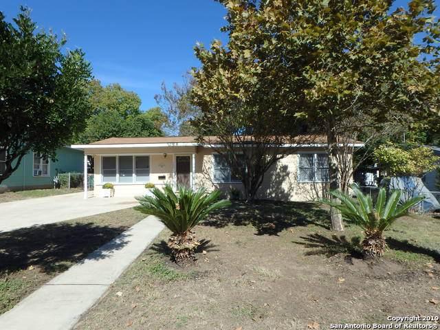 139 E Palfrey St, San Antonio, TX 78223 (#1422302) :: The Perry Henderson Group at Berkshire Hathaway Texas Realty