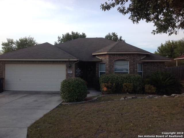 1632 Sunfire Cir, New Braunfels, TX 78130 (MLS #1422355) :: The Gradiz Group