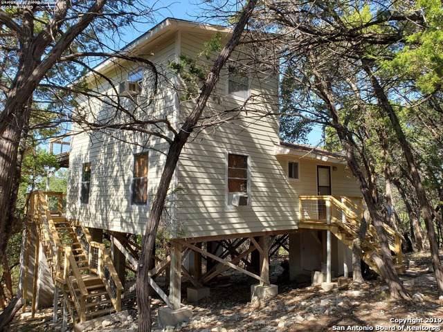 133 Black Oak Dr, Canyon Lake, TX 78133 (#1422493) :: The Perry Henderson Group at Berkshire Hathaway Texas Realty