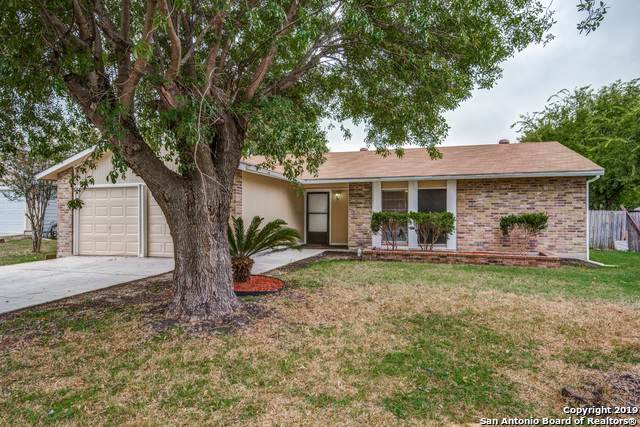 1231 Boling Brook St, San Antonio, TX 78245 (MLS #1422625) :: Alexis Weigand Real Estate Group