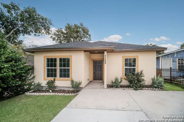 2414 Martin Luther King Dr, San Antonio, TX 78203 (MLS #1422807) :: Alexis Weigand Real Estate Group