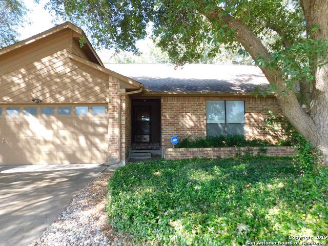 8111 Timber Grove, San Antonio, TX 78250 (#1422994) :: The Perry Henderson Group at Berkshire Hathaway Texas Realty