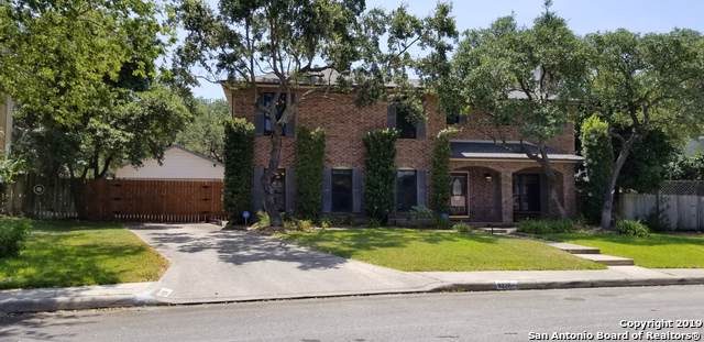 9220 Jorwoods Dr, San Antonio, TX 78250 (#1423002) :: The Perry Henderson Group at Berkshire Hathaway Texas Realty
