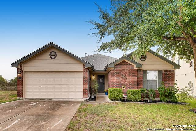8527 Trumpet Circle, Converse, TX 78109 (MLS #1423050) :: Glover Homes & Land Group