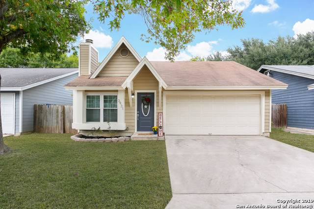 3931 Chimney Springs Dr, San Antonio, TX 78247 (#1423082) :: The Perry Henderson Group at Berkshire Hathaway Texas Realty