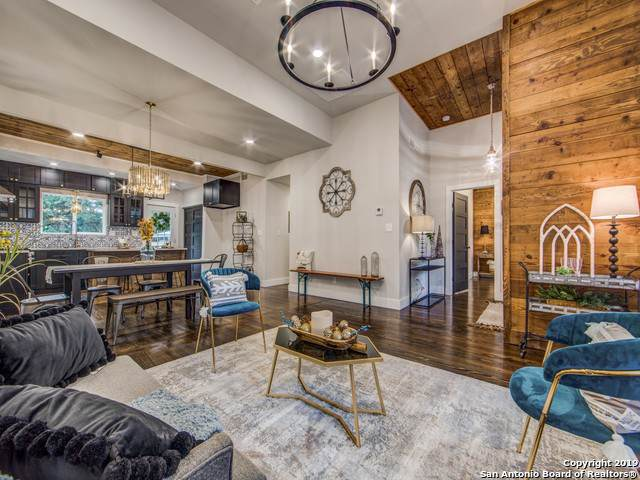320 Sadie St, San Antonio, TX 78210 (MLS #1423098) :: Berkshire Hathaway HomeServices Don Johnson, REALTORS®
