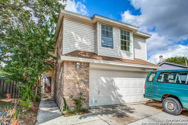 11323 Cache Path, San Antonio, TX 78245 (#1423106) :: The Perry Henderson Group at Berkshire Hathaway Texas Realty