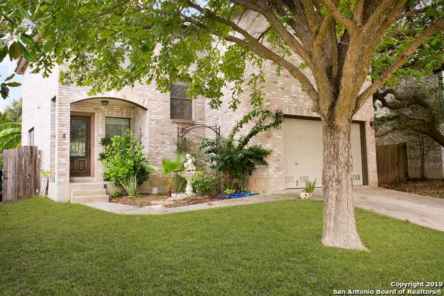 9523 Bending Crest, San Antonio, TX 78239 (#1423190) :: The Perry Henderson Group at Berkshire Hathaway Texas Realty