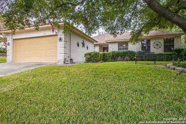 3804 Pheasant, Schertz, TX 78108 (#1423237) :: The Perry Henderson Group at Berkshire Hathaway Texas Realty