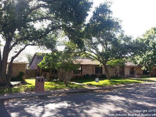 3743 Hunters Circle St, San Antonio, TX 78230 (#1423250) :: The Perry Henderson Group at Berkshire Hathaway Texas Realty