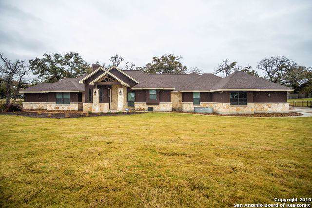128 S Abrego Crossing, Floresville, TX 78114 (MLS #1423265) :: Legend Realty Group
