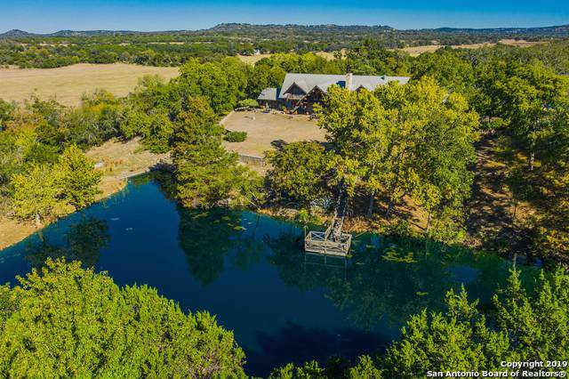 10012 N Creek Rd, Comfort, TX 78013 (#1423381) :: The Perry Henderson Group at Berkshire Hathaway Texas Realty