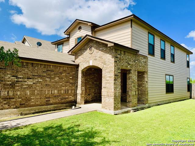 635 Cormorant, San Antonio, TX 78245 (#1423500) :: The Perry Henderson Group at Berkshire Hathaway Texas Realty