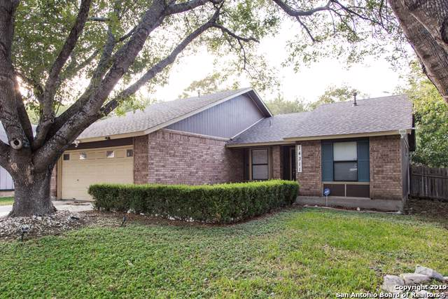 14311 Bellcrest Dr, San Antonio, TX 78217 (#1423527) :: The Perry Henderson Group at Berkshire Hathaway Texas Realty