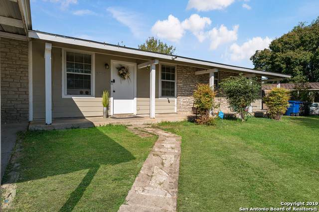 6035 Century Dr, San Antonio, TX 78242 (MLS #1423591) :: Alexis Weigand Real Estate Group