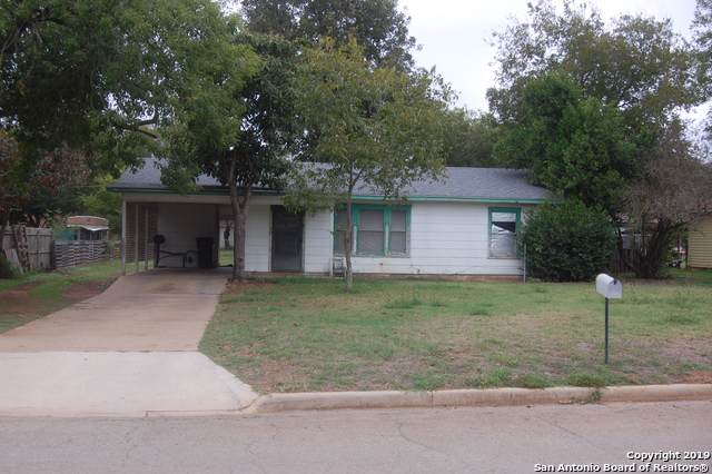 357 Margo Dr, Pearsall, TX 78061 (MLS #1423623) :: The Heyl Group at Keller Williams