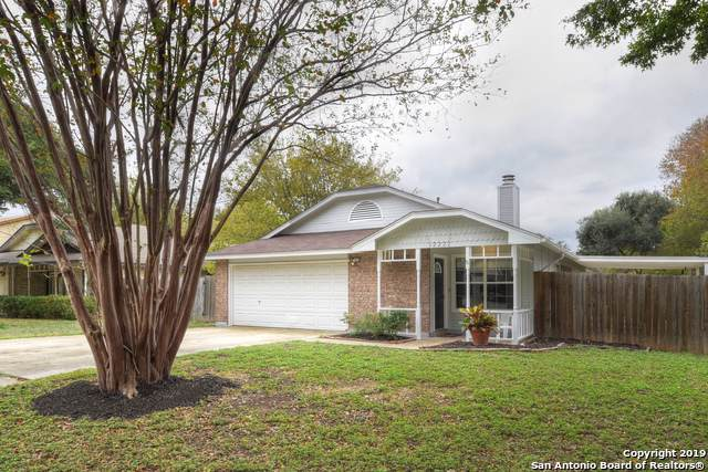 12222 Ridge Spur, San Antonio, TX 78247 (MLS #1423682) :: Berkshire Hathaway HomeServices Don Johnson, REALTORS®