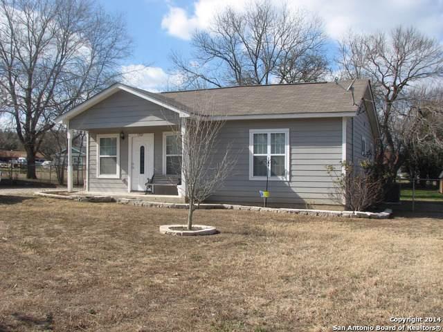 1305 Vienna St, Castroville, TX 78009 (MLS #1423722) :: Tom White Group