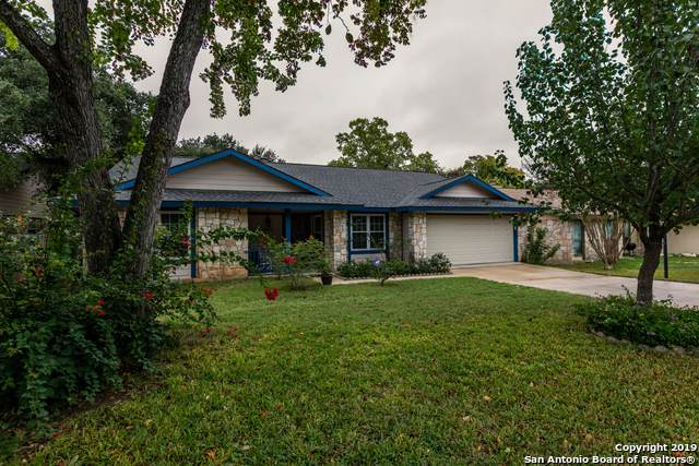 8422 Timber Crest St, San Antonio, TX 78250 (#1423761) :: The Perry Henderson Group at Berkshire Hathaway Texas Realty
