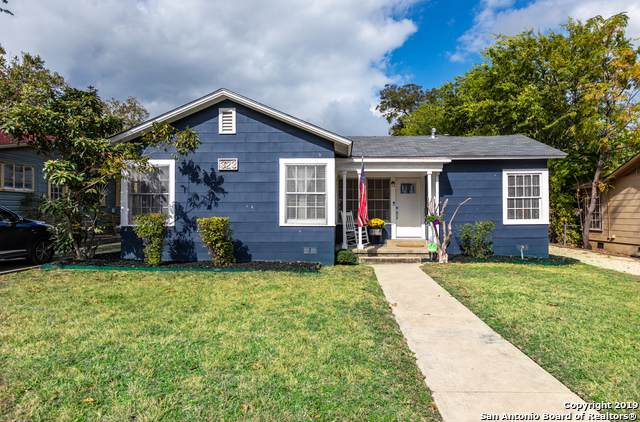 323 Meredith Dr, San Antonio, TX 78228 (#1423808) :: The Perry Henderson Group at Berkshire Hathaway Texas Realty