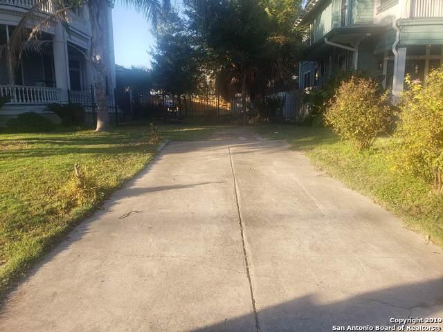 319 E Park Ave, San Antonio, TX 78212 (MLS #1423829) :: BHGRE HomeCity