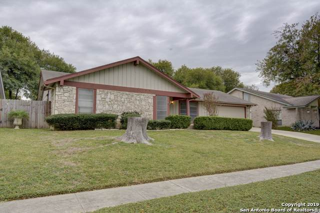 5914 Freemans Farm St, San Antonio, TX 78233 (MLS #1423926) :: The Gradiz Group
