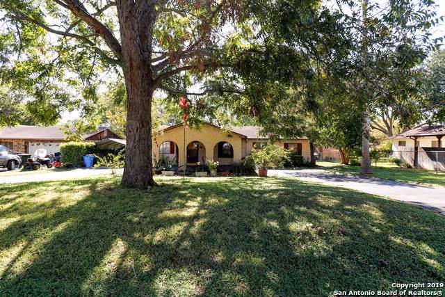 947 Elsik St, Seguin, TX 78155 (MLS #1423936) :: Berkshire Hathaway HomeServices Don Johnson, REALTORS®