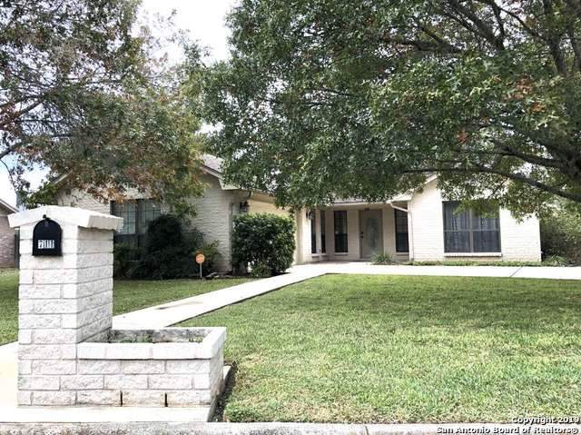 711 33RD ST, Hondo, TX 78861 (MLS #1423968) :: Glover Homes & Land Group
