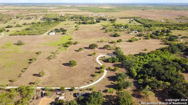 169 Braune Ln, Floresville, TX 78114 (MLS #1424085) :: Alexis Weigand Real Estate Group
