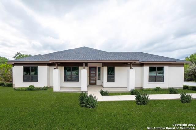 364 Warbler Dr, Spring Branch, TX 78070 (MLS #1424172) :: Carolina Garcia Real Estate Group