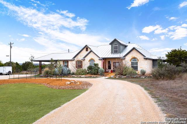 106 River Mountain Dr, Boerne, TX 78006 (MLS #1424196) :: NewHomePrograms.com LLC