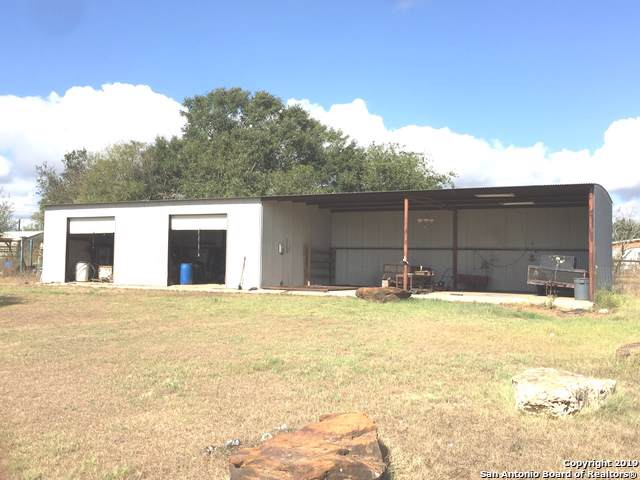 6105 Us Highway 87 W, Sutherland Springs, TX 78161 (MLS #1424214) :: Alexis Weigand Real Estate Group