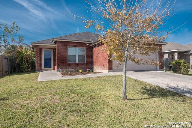 3414 Sabrina St, Seguin, TX 78155 (MLS #1424221) :: Glover Homes & Land Group