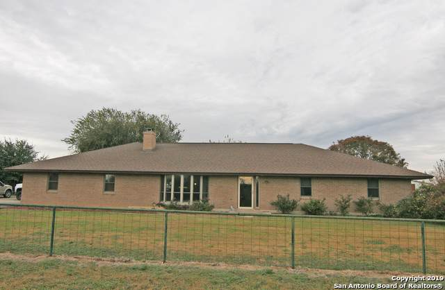 293 County Road 4631, Hondo, TX 78861 (MLS #1424272) :: Exquisite Properties, LLC