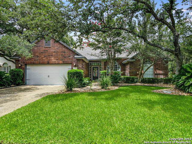 2227 Pinoak Knolls, San Antonio, TX 78248 (#1424336) :: The Perry Henderson Group at Berkshire Hathaway Texas Realty