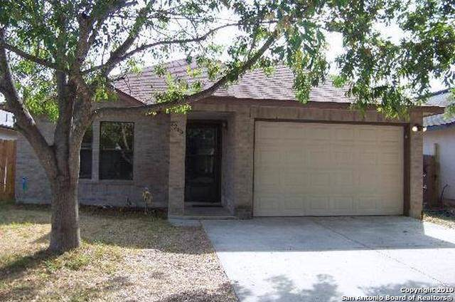2223 Muddy Peak Dr, San Antonio, TX 78245 (#1424378) :: The Perry Henderson Group at Berkshire Hathaway Texas Realty