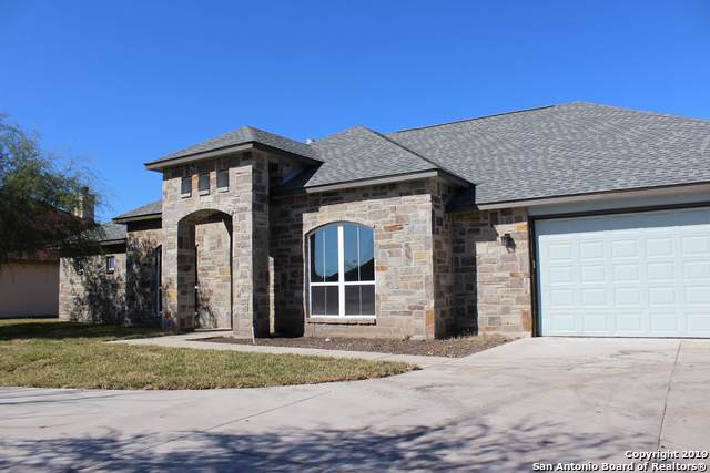 239 River Park Dr, New Braunfels, TX 78130 (MLS #1424481) :: Alexis Weigand Real Estate Group