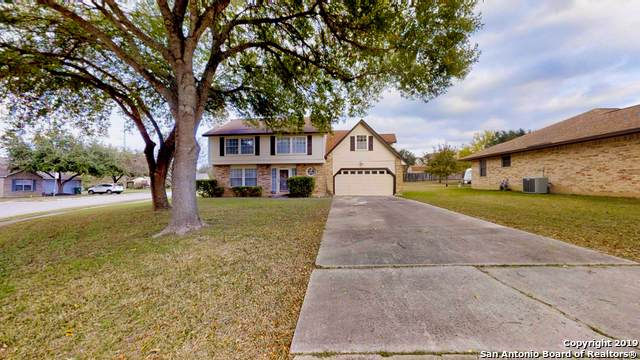 5022 Castle Hill Dr, Schertz, TX 78108 (MLS #1424637) :: Tom White Group
