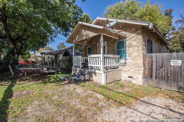 1913 W Salinas St, San Antonio, TX 78207 (MLS #1424638) :: Alexis Weigand Real Estate Group