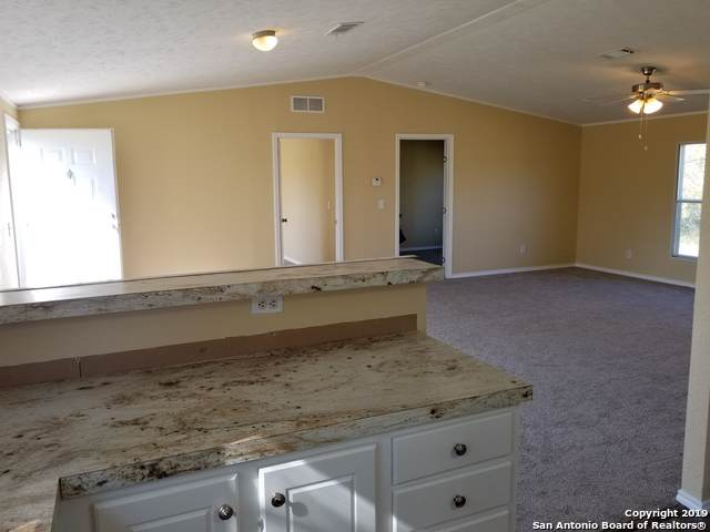 409 Beverly St., Smiley, TX 78159 (MLS #1424751) :: Glover Homes & Land Group