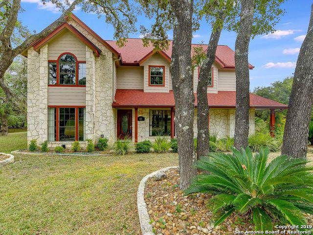 105 Hidden Oaks Circle, Boerne, TX 78006 (MLS #1424810) :: Carolina Garcia Real Estate Group