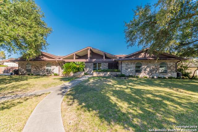6007 Windbluff Dr, Windcrest, TX 78239 (MLS #1425117) :: BHGRE HomeCity