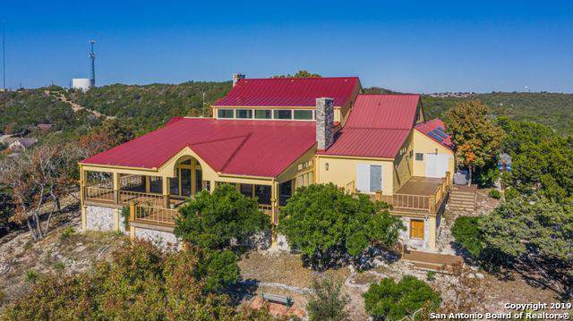 907 Bow Lane, Kerrville, TX 78028 (MLS #1425222) :: BHGRE HomeCity