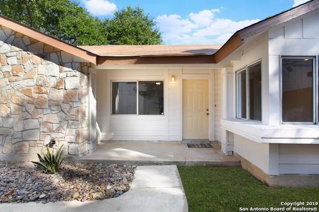 8022 Laurel Bend, San Antonio, TX 78250 (MLS #1425426) :: Vivid Realty
