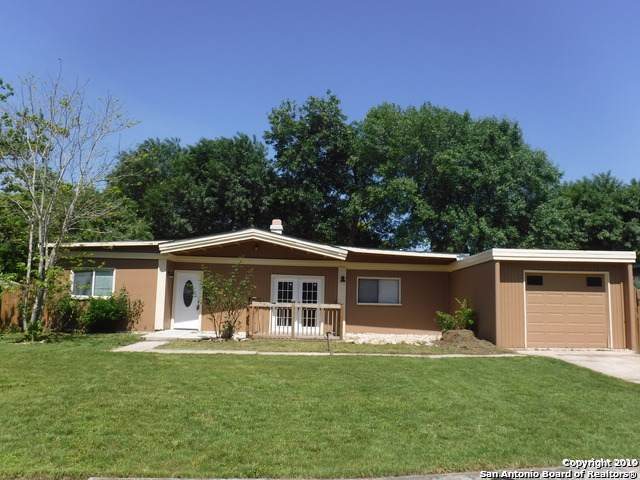 5627 Clearwood St, San Antonio, TX 78233 (MLS #1425429) :: Alexis Weigand Real Estate Group
