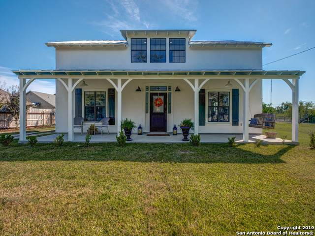 920 Lower Lacoste Rd, Castroville, TX 78009 (MLS #1425640) :: Glover Homes & Land Group