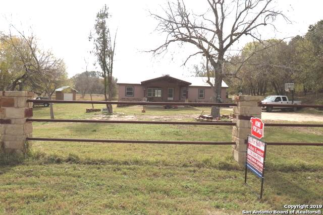 3927 County Road 128, Floresville, TX 78114 (MLS #1426186) :: BHGRE HomeCity