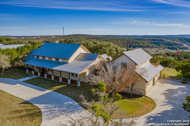 305 Deep Hollow Dr, Boerne, TX 78006 (MLS #1426252) :: The Castillo Group