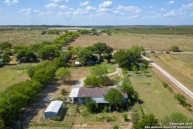 2558 Weil Rd, Santa Clara, TX 78124 (MLS #1426478) :: Alexis Weigand Real Estate Group